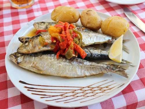 Sardines with potatoes from Algarve